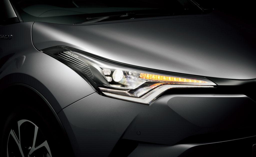 C-HR人気グレード!LEDエディションの評価は?装備や内装、違いは?