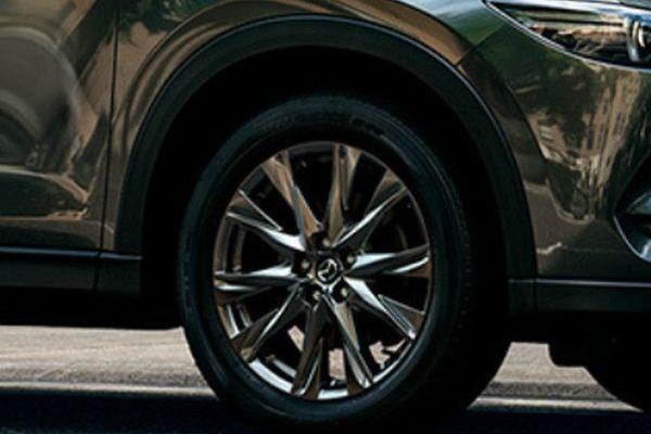 CX-5のタイヤサイズは17インチと19インチのどっちがおすすめ?