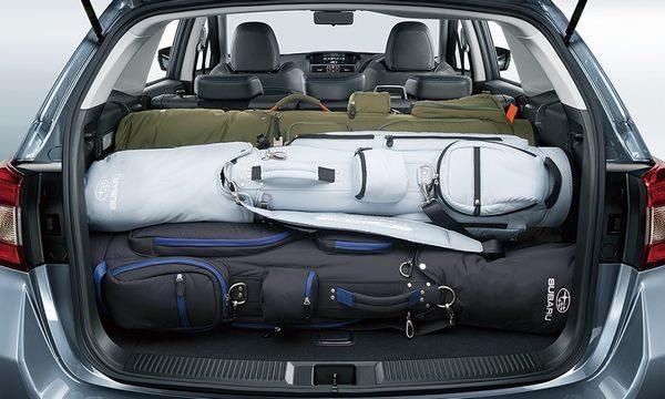 マツダ6のトランクの大きさを検証!ゴルフバッグが4個入るラゲッジスペース!車中泊も可能!